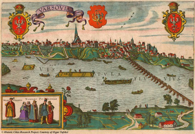 Panoramiczny widok na zabudowania Warszawy na skarpie wiślanej, ukazany od strony Pragi.